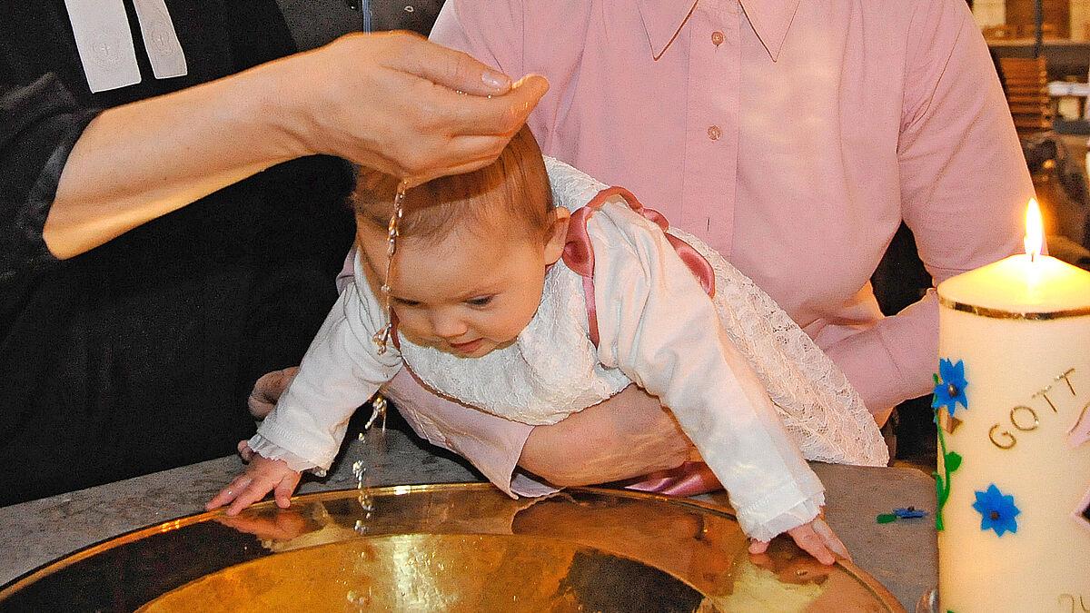 Evangelisch Taufen